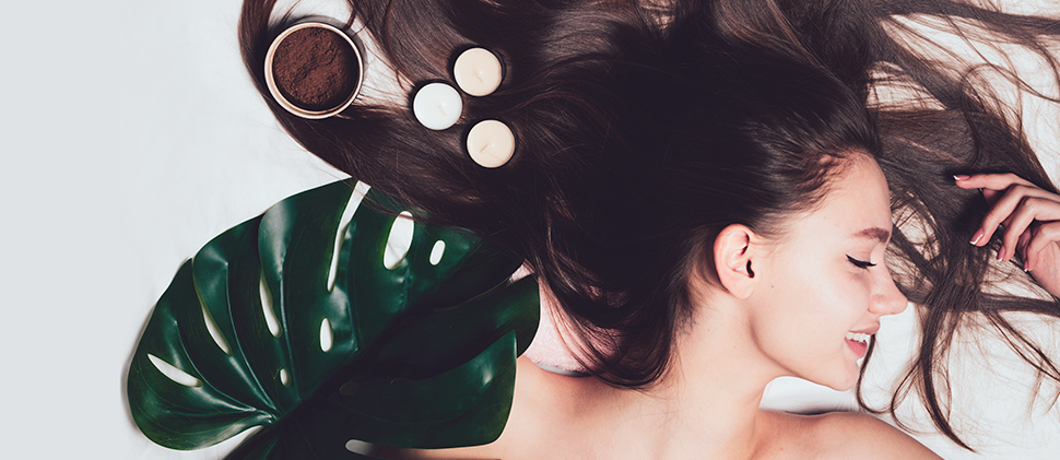 Cuidados botánicos para un cabello disciplinado: Klorane
