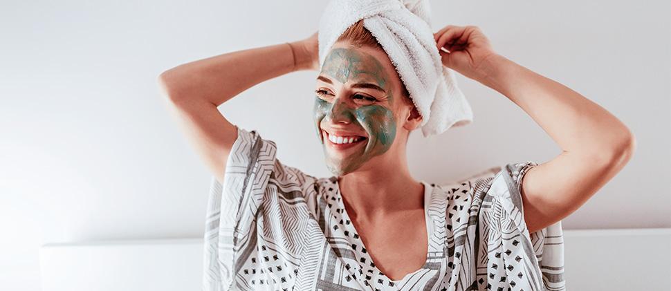 4 mascarillas que protegerán tu piel del frío