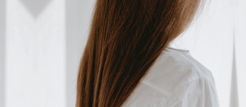 ¿Caída del cabello? Las VITAMINAS DE LA QUININA Y EL GRUPO B